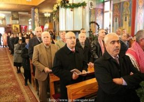 Благочестивое собрание в св. храме Праотцев в Бейт- Шахуре